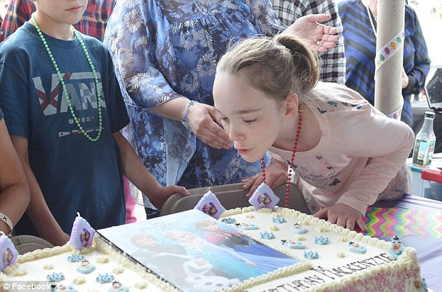 Mackenzie Moretter, of Shakopee, Minnesota, had a tenth birthday party on Saturday that she'll never forget after hundreds of strangers showed up to celebrate with her