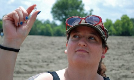 Bobbie Oskarson: Colorado Woman Finds Diamond in Crater of Diamonds Park (PHOTO)