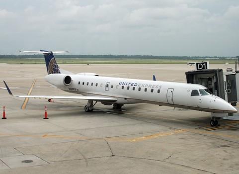 Chicago Bound flight Diverted, After 10000 Foot Drop