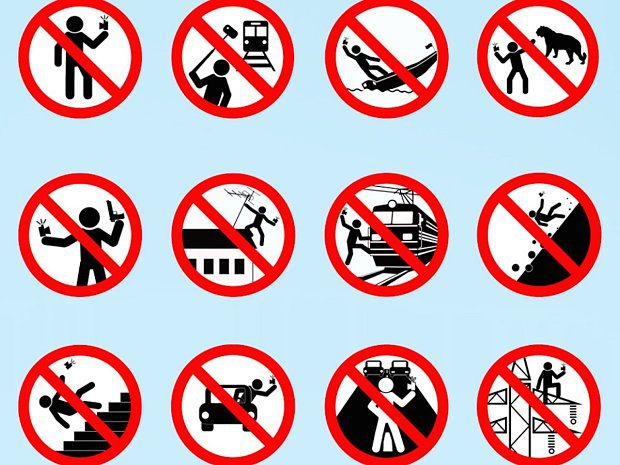Selfies have caused more deaths this year than shark attacks