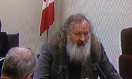Randy  Quaid Detained In Montreal, Could Get Deported
