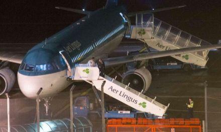 aer lingus bite:  Aer Lingus passenger dies