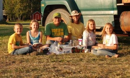 Sisters farm accident stuns community: 3 sisters buried by canola seed (PHOTO)
