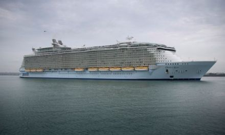 Man Goes overboard On 'Oasis of the Seas' Cruise Ship