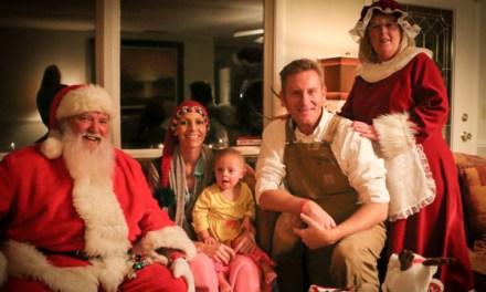 Joey Feek Cancer Update:  Santa Makes An Early Visit (PHOTO)