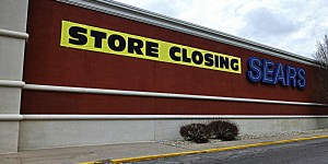 Green Street Advisors department stores need to shed 800 locations