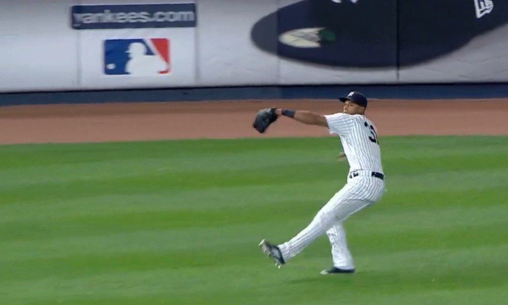 aaron hicks throw