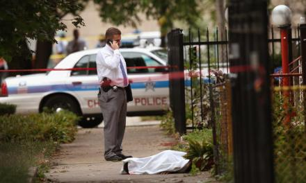 Weekend shootings in Chicago End With 8 Dead