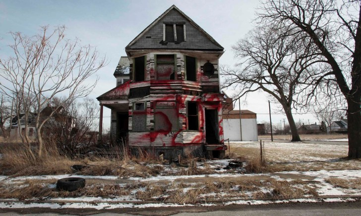 Detroit population Continues To Drop