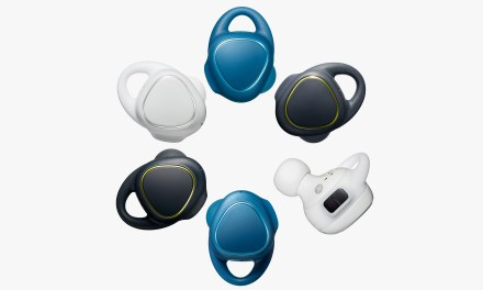 Samsung Shows Off IconX wireless earbuds (VIDEO)