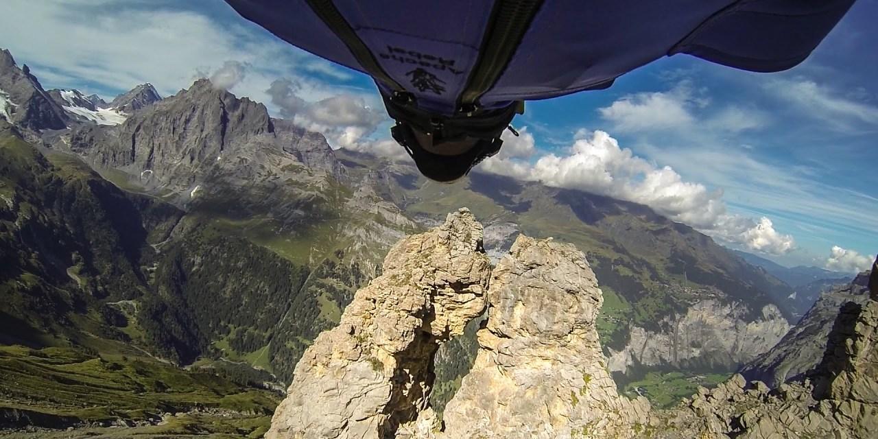 Uli Emanuele killed during wingsuit stunt