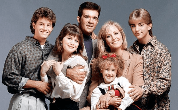 Alan Thicke Died Suddenly Playing Hockey with his Son