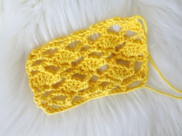 Shell Mesh Crochet Stitch Pattern » Designs by Key