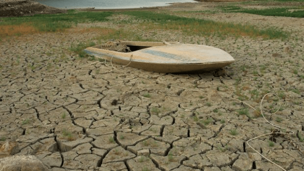 drought-boat