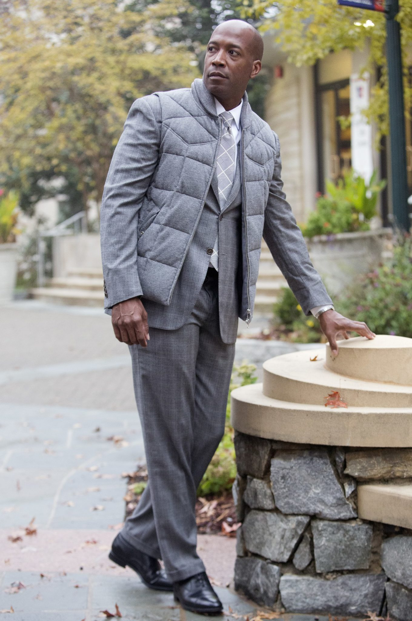 50bf8a76c61 One of my go to looks is their dark gray Prince of Wales Sienna suit. The  classic grey suit with its subtle pattern makes it an excellent choice when  ...