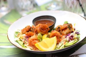 Shrimp Lettuce Wraps - Brunch in the Yard