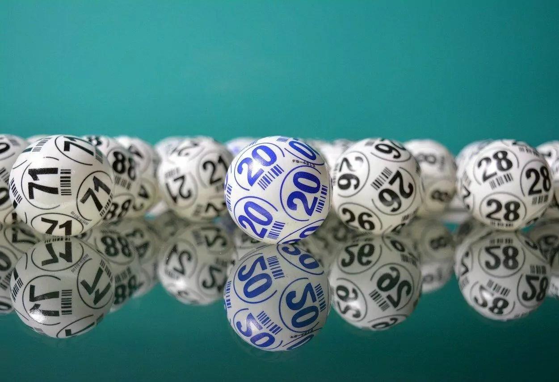 pessoas que ganharam na loteria