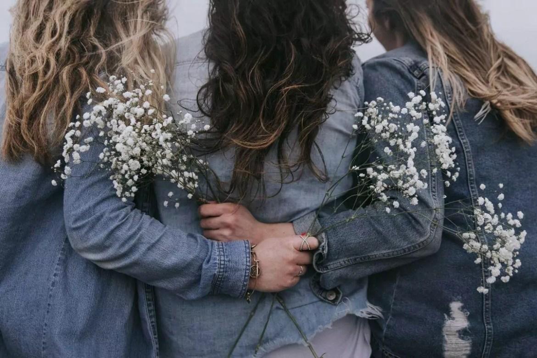 mulheres juntas