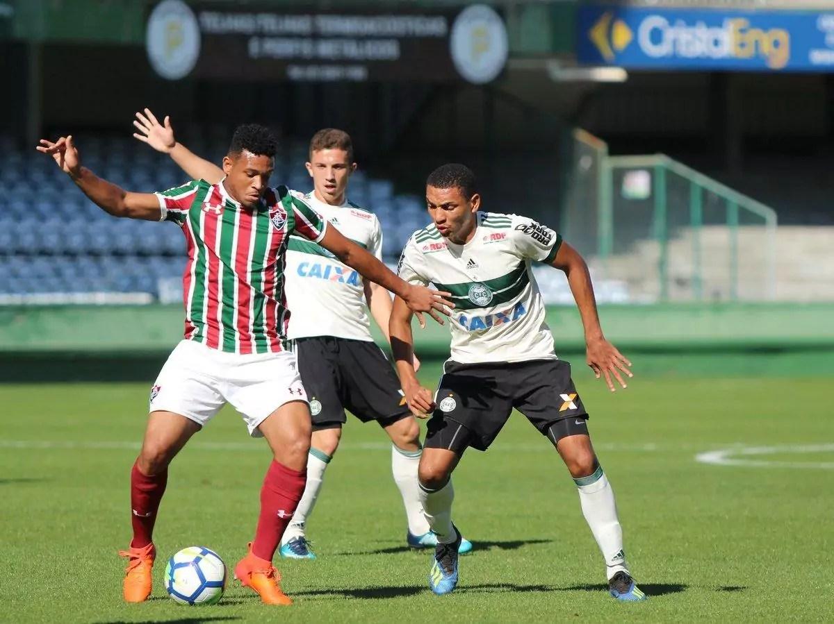 Fluminense x Coritiba será primeiro jogo na segunda feira deste Campeonato Brasileiro Brasileirão
