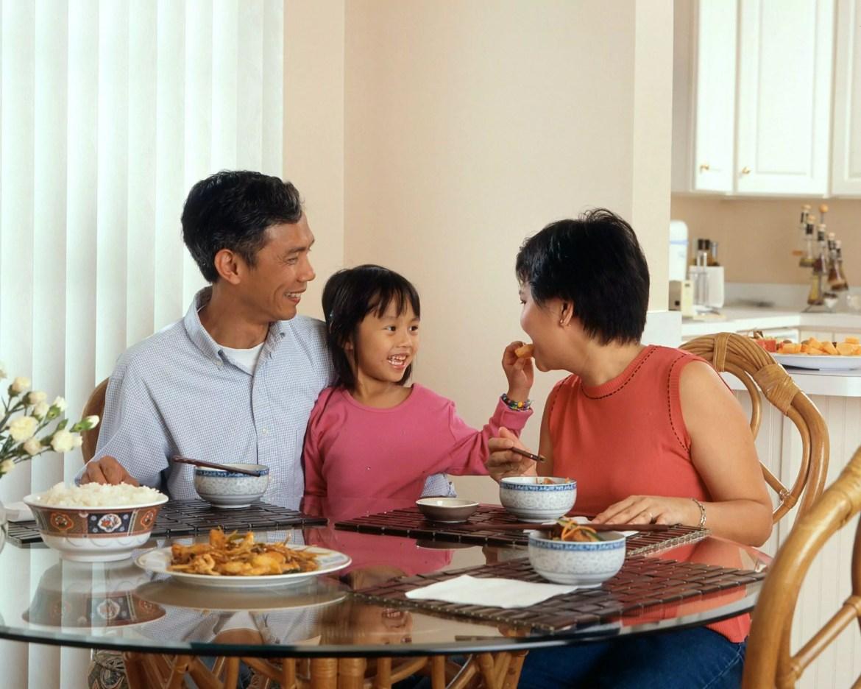 A SBP orienta compartilhar o momento da refeição