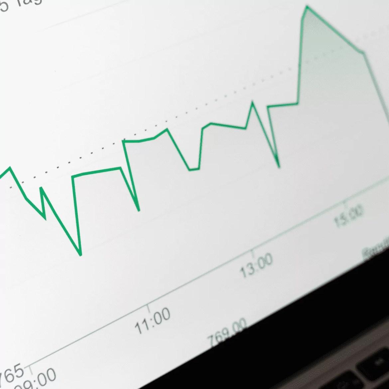 juros reais negativos e positivos conforme a situação