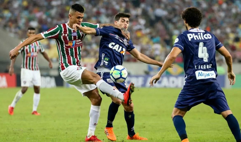 Fluminense e Santos disputam quarta posição do Campeonato Brasileiro