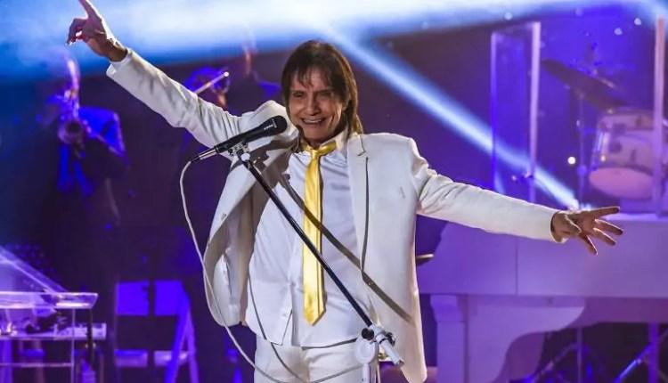 Mega da Virada 2020 - a imagem mostra o cantor Roberto Carlos