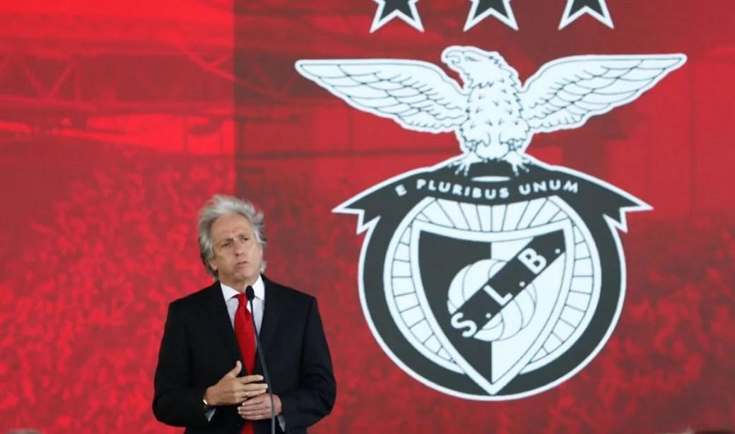 No Benfica desde julho de 2020, Jesus segue com trabalho questionável