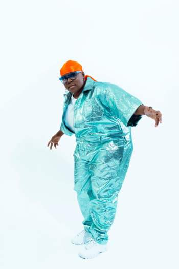 Teni The Entertainer www.dcleakers 5 - Marvellous Photos of Teni The Entertainer's 90s Inspired Style