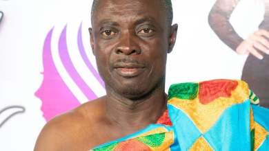 Photo of Ghanaian Pastor, Osofo Kyiri Abosom claims he will go hungry if he doesn't charge for Consultation.