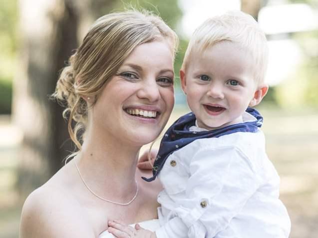 Braut mit Kind - Hochzeitsfotografie Dresden