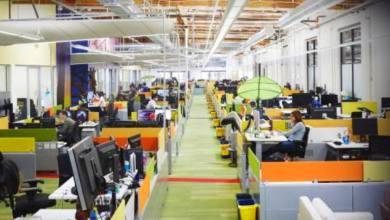 Photo of جوجل تسمح لموظفيها بالعمل من المنزل حتى حزيران المقبل