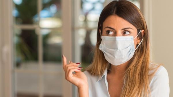 Как правильно носить маску в летнюю жару