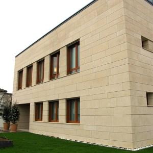 limestone-Italie-natuursteen-gevel-Grassi-Pietre-Giallo-Dorato-2