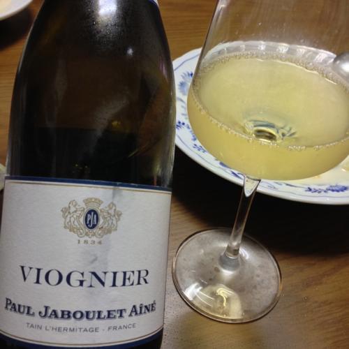 th_常温コンテナ輸送の白ワイン