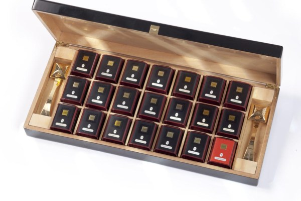 Coffret d'exception DAMMAN
