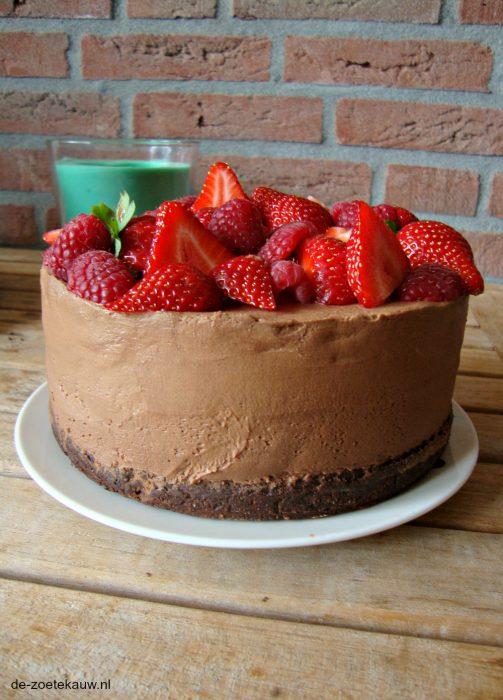 Chocolade cheesecake met rood fruit voor Heel Altena en Bommel bakt