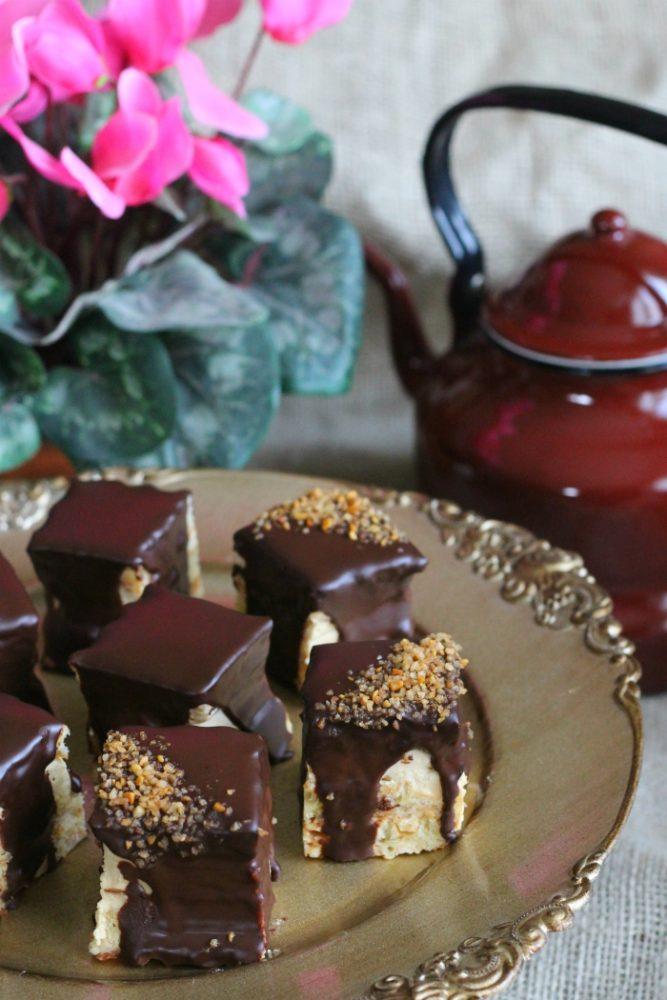 chocolade karamel wafel gebakjes