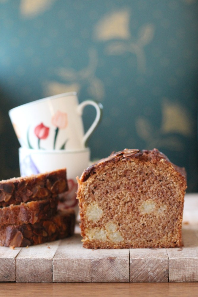 Speculaas spijs cake