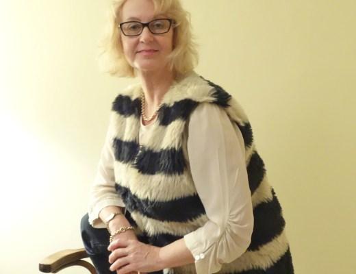 bodywarmer Claudia Sträter spijkerbroek Angels