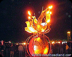 Fire art and sculpture of Festival 8 would have been cool in 3D