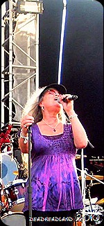 Donna GOTV 2010 Singing