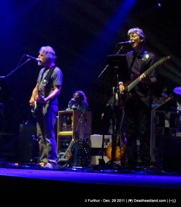 Bob Weir & Phil Lesh - Furthur Dec. 29 2011 (♥);} Deadheadland.com