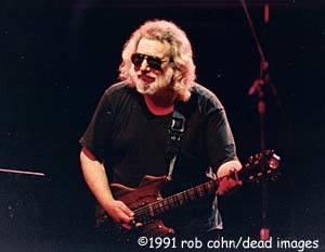 Jerry Garcia GD 5.4.1991 CalExpo ©RobbiCohn (2)