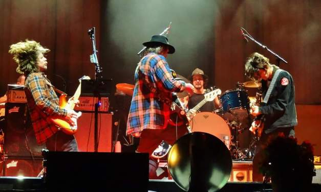 "VIDEO: Neil Young + Promise Of The Real  ""I Won't Quit"" – Greek Theatre Berkeley 10.17.15"
