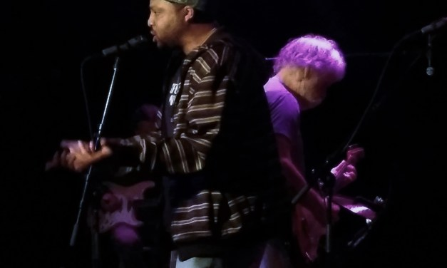 """VIDEO """"Easy Answers > M.C. Radio Active Answers > Shaky Ground"""" – Bob Weir and Friends"""