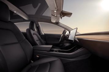 Tesla Model 3 - deagenciapa.com - 02