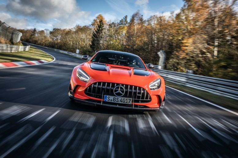 Mercedes-AMG GT Black Series (Kraftstoffverbrauch kombiniert: 12,8 l/100 km, CO2-Emissionen kombiniert: 292 g/km), 2020, Outdoor, Nürburgring Nordschleife, AMG magmabeam Mercedes-AMG GT Black Series (combined fuel consumption: 12,8 l/100 km, combined CO2 emissions: 292 g/km), 2020, Outdoor, Nürburgring Nordschleife, AMG magmabeam