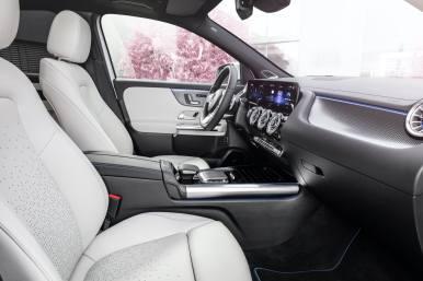 Mercedes-Benz EQA interior