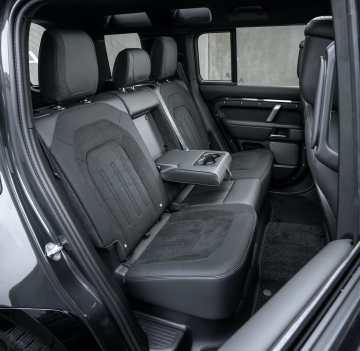 Land Rover Defender V8 2022 interior